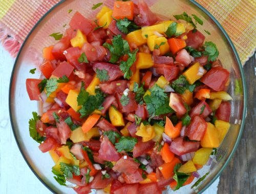 Fresh Tomato & Mango Salsa  {A Pretty Life}