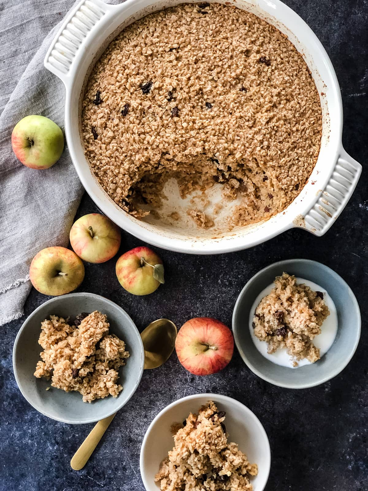 Apple Pie Baked Oatmeal