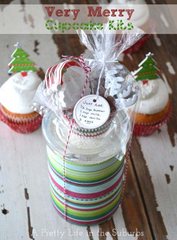 Holiday Gift Ideas:  Very Merry Cupcake Gifts!