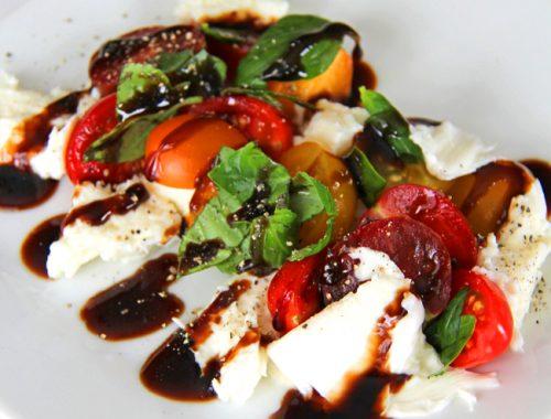 Caprese Salad {A Pretty Life}fb