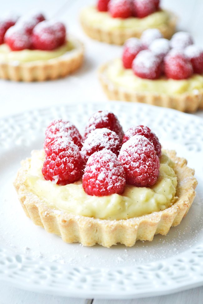 Delicious Raspberry & Vanilla Cream Tarts