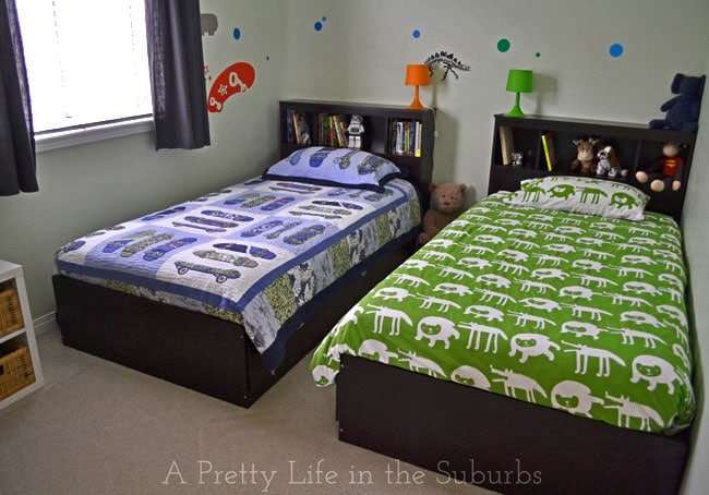 Shared Boys Room {A Pretty Life}