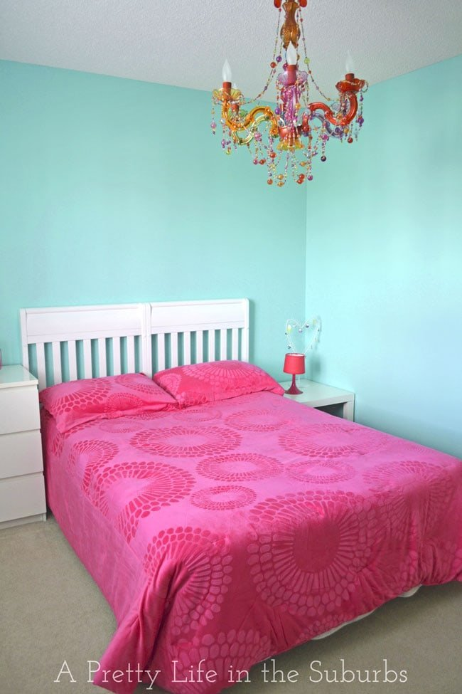 Turquoise Hot Pink Tween Room A Pretty Life In The Suburbs