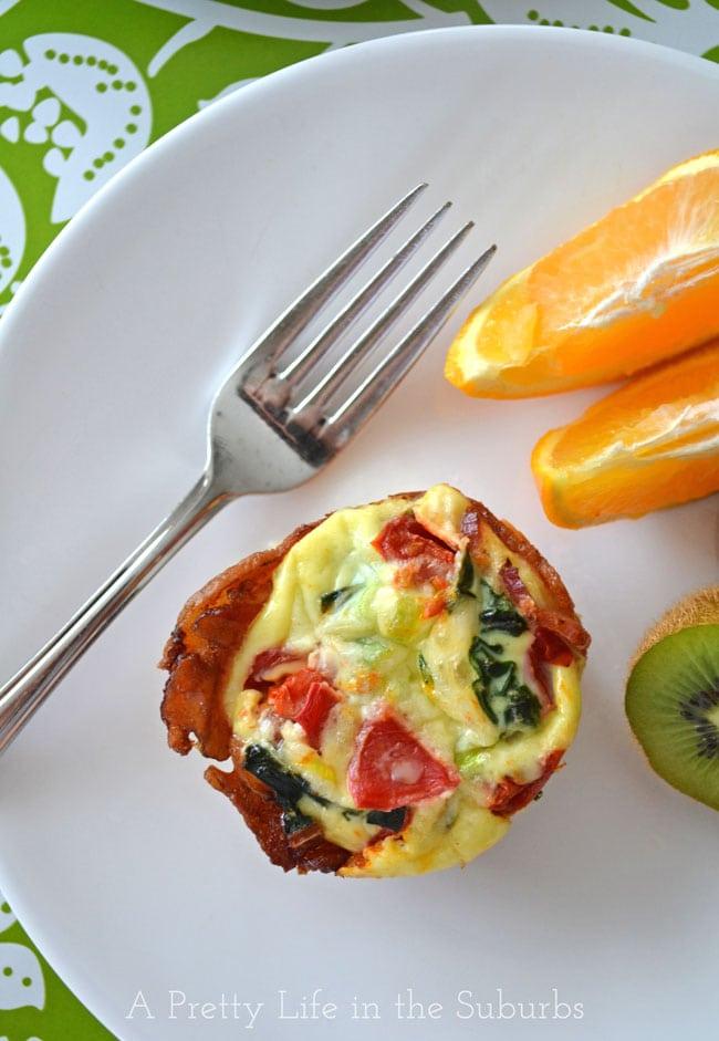 Bacon & Egg Breakfast Bites {A Pretty Life}
