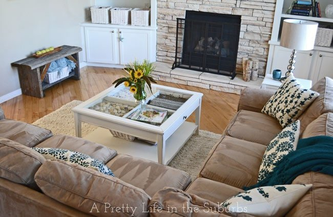 Late-Summer-Living-Room-7{A-Pretty-Life}