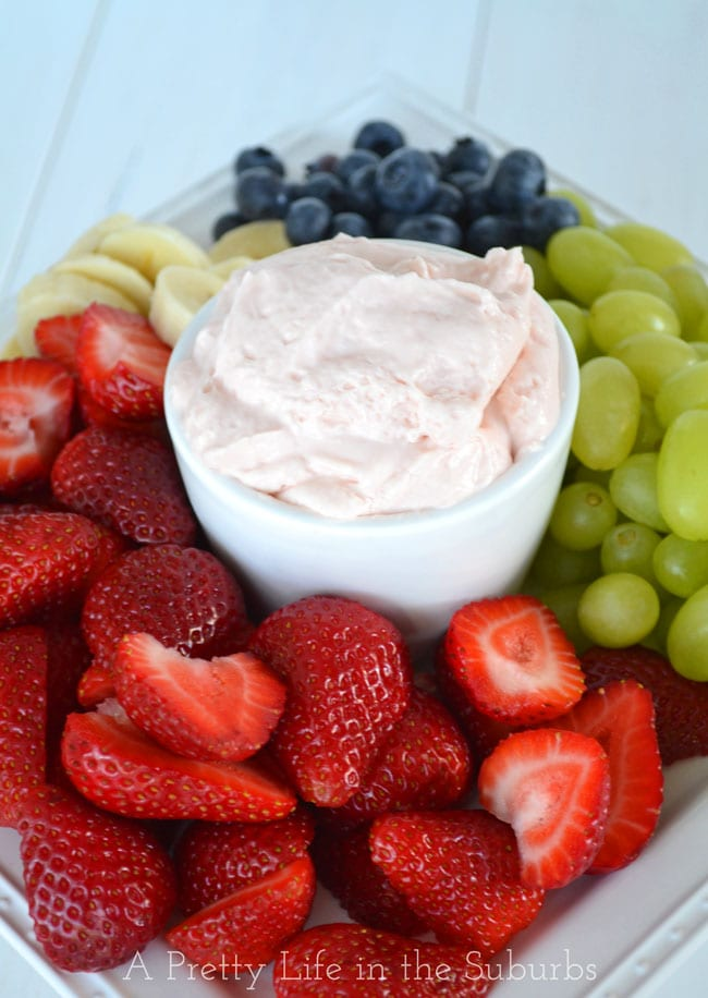 3 Ingredient Strawberry Fluff Fruit Dip