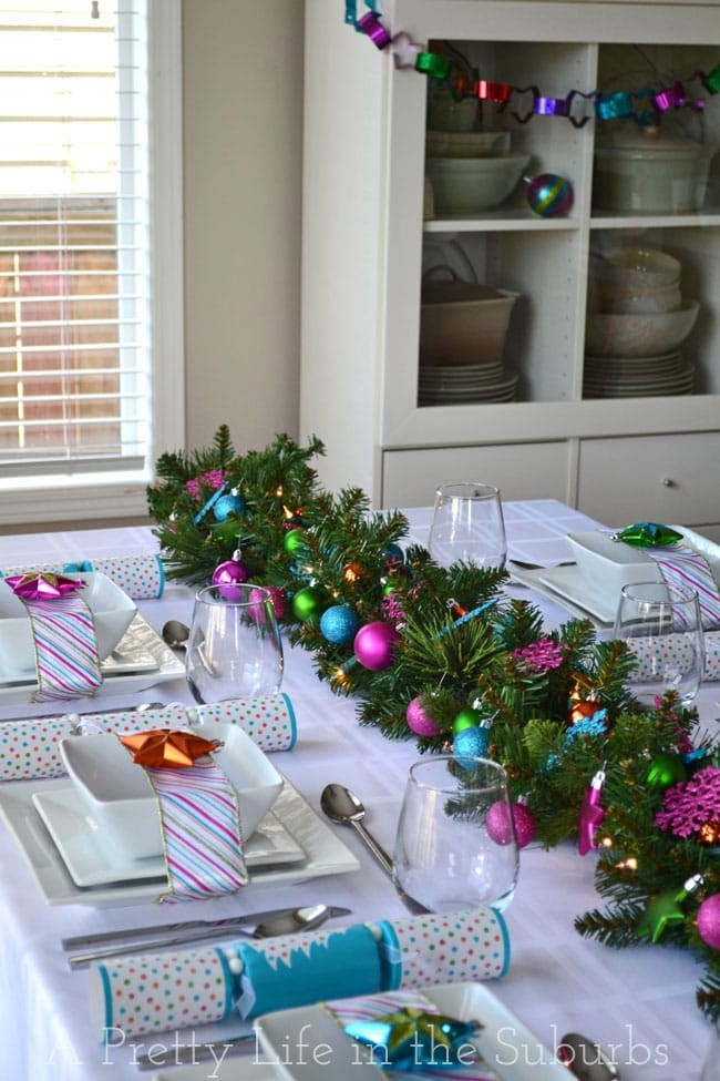 Colourful-Christmas-Table-Setting-2{A-Pretty-Life}