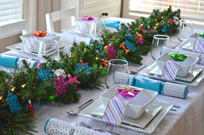 Colourful-Christmas-Table-Setting-4{A-Pretty-Life}