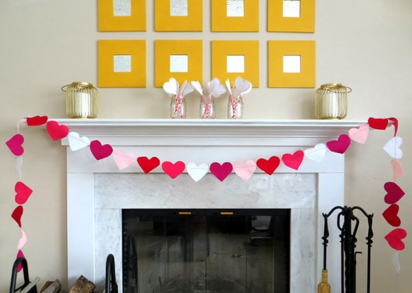 entire-mantle-with-jars-close-together