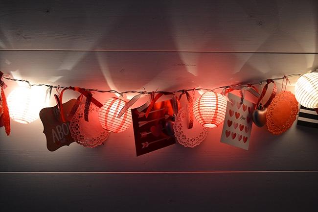 Easy Valentines Love Light Garland