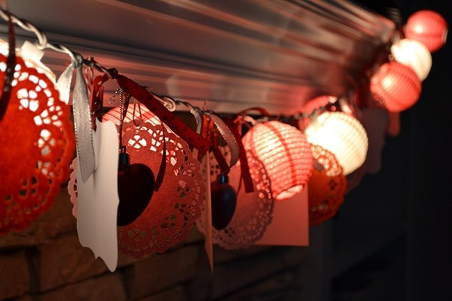 diy-valentines-light-garland-3