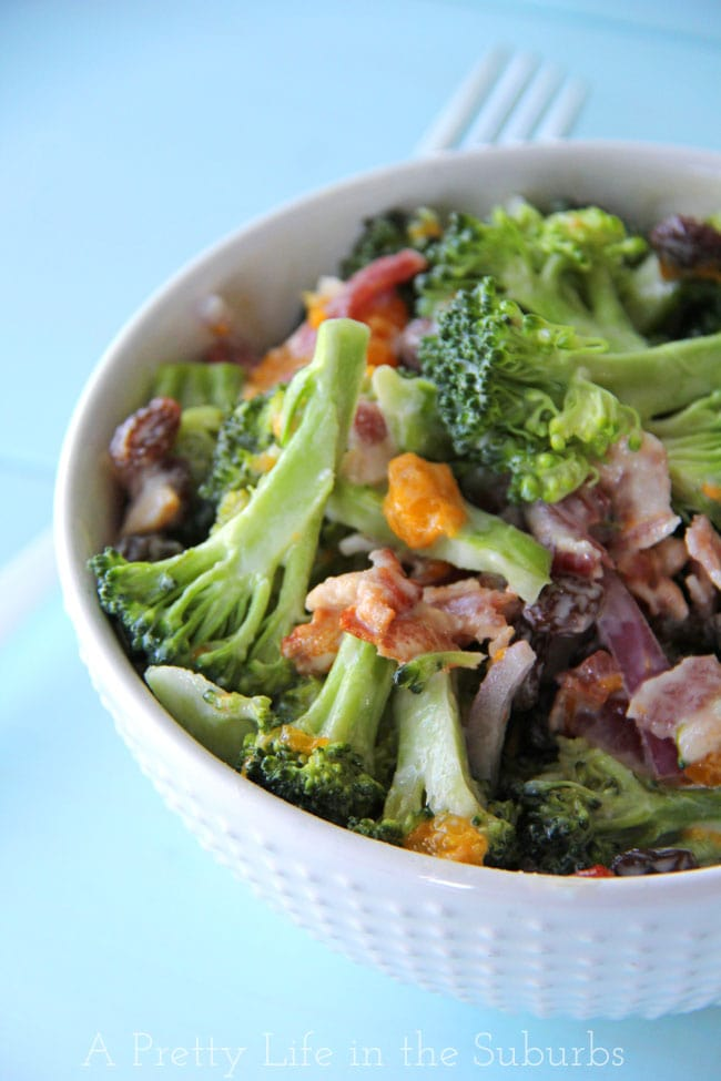 Broccoli Salad with Mandarins, Red Onions and Bacon {A Pretty Life}