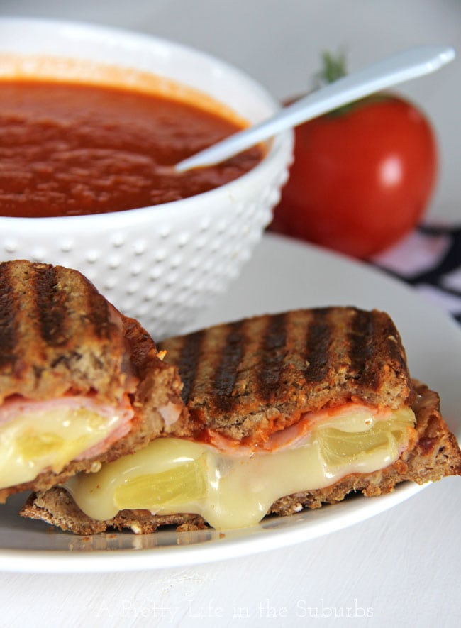 Hawaiian-Grilled-Cheese-3{A-Pretty-Life}
