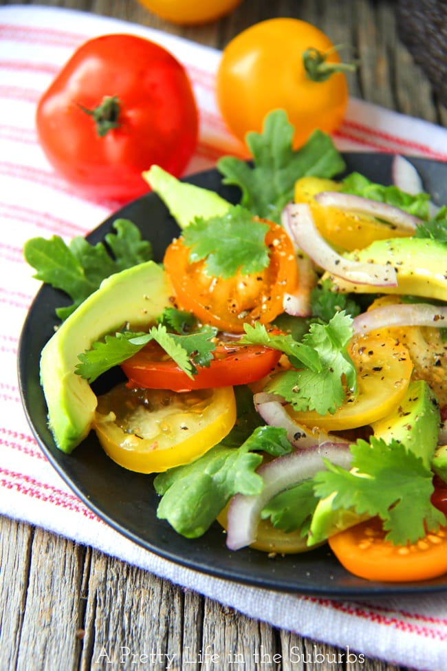 Avocado Tomato Salad with Lemon Vinaigrette