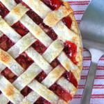 Strawberry-Rhubarb-Pie-{A-Pretty-Life}