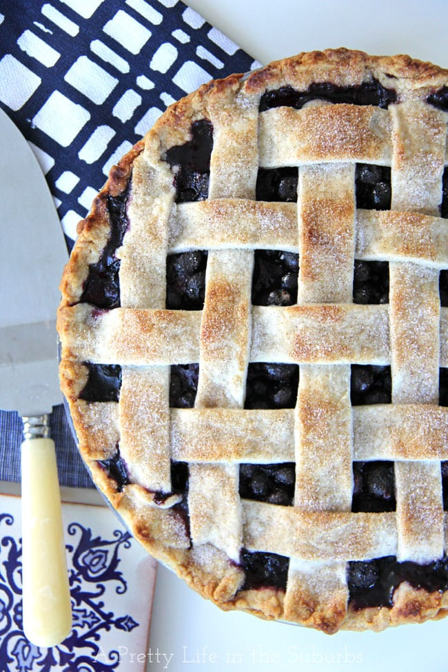 Blueberry-Pie-2{A-Pretty-Life}