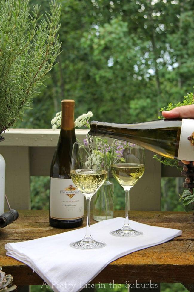 Garden-Wine-Party-2a{A-Pretty-Life}