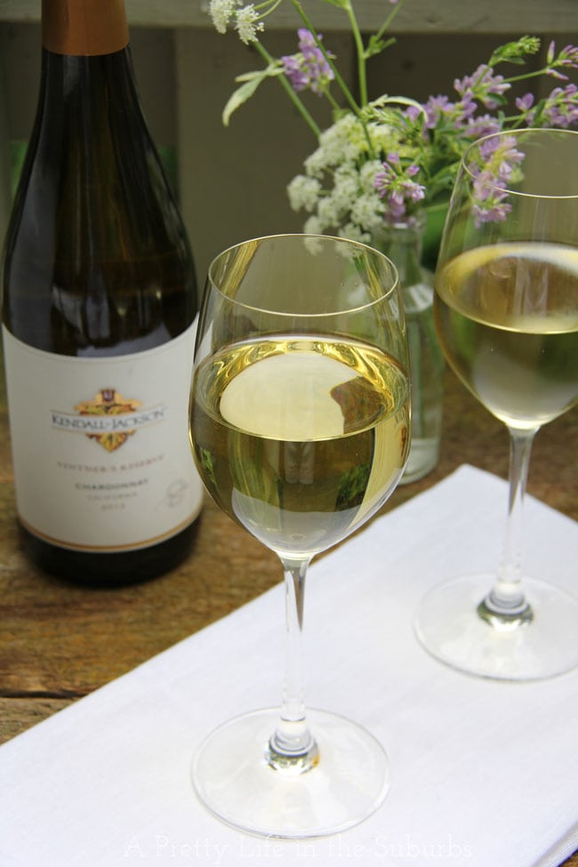 Garden-Wine-Party-3a{A-Pretty-Life}