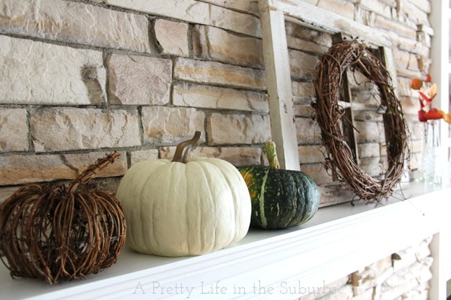 Fall-Mantel-{A-Pretty-Life}