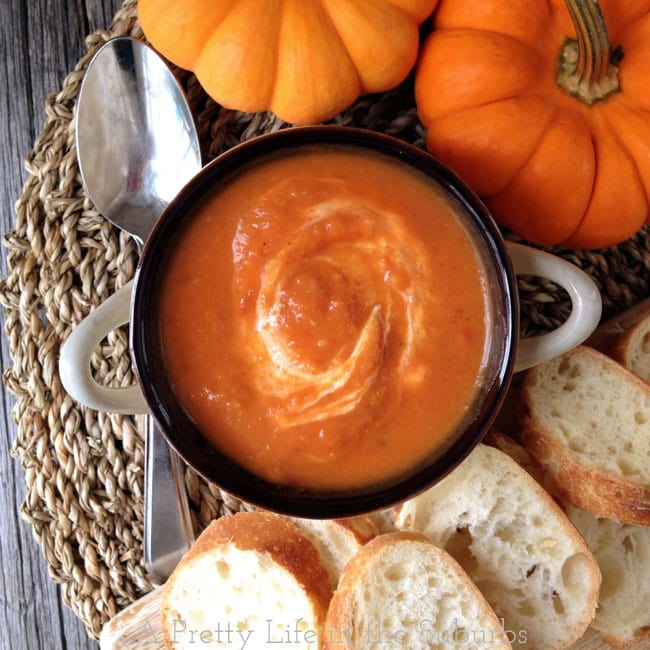 Roasted-Tomato-and-Pumpkin-Soup-2{A-Pretty-Life}