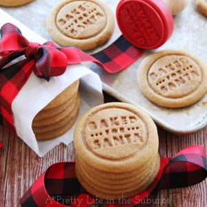 Ginger-Molasses-Cookies-{A-Pretty-Life}