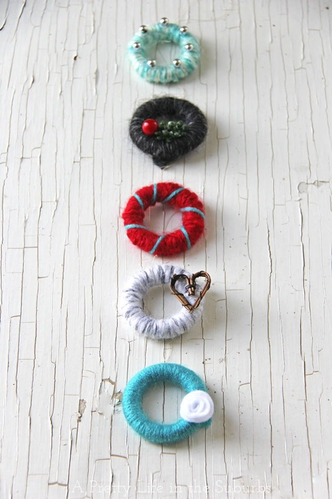 Mini Yarn Wreath Christmas Tree Ornaments - A Pretty Life ...