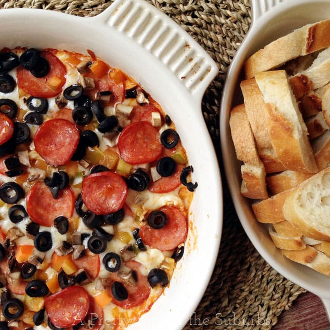 Hot Pizza Dip - A Pretty Life In The Suburbs