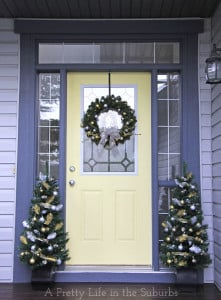 Silver-and-Gold-Christmas-Porch-5{A-Pretty-Life}