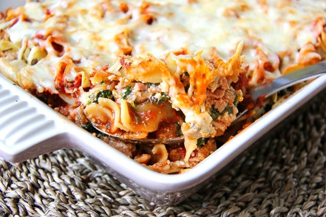 Cheesy Chicken & Spinach Noodle Bake
