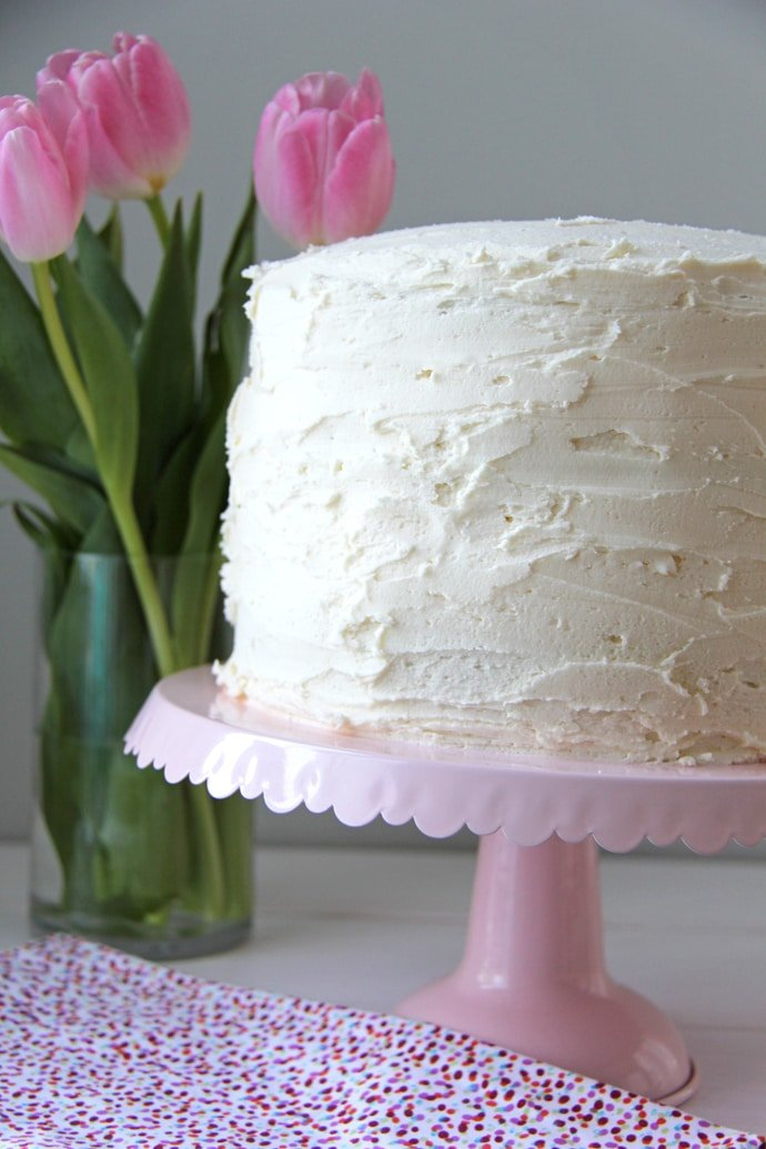 Vanilla Cake with Vanilla Buttercream8