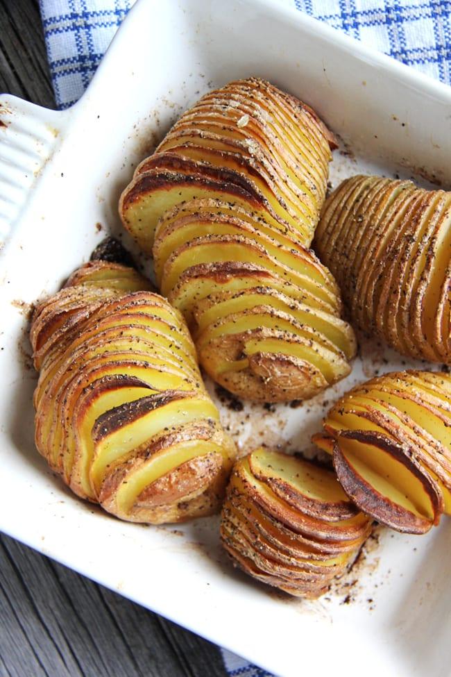 Accordion Potatoes {A Pretty Life}