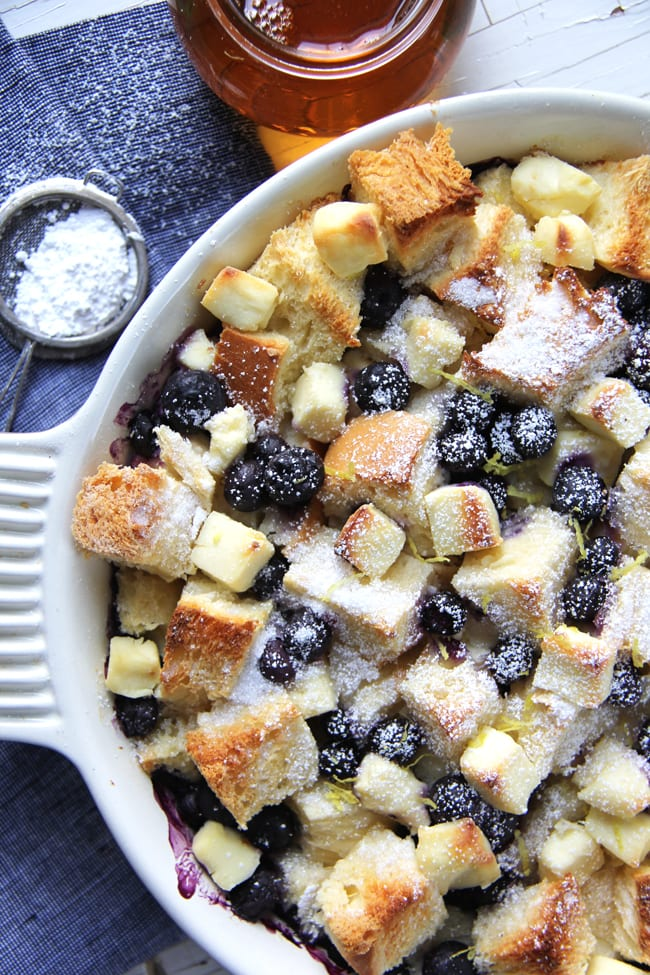 Blueberry Baked French Toast {A Pretty Life}