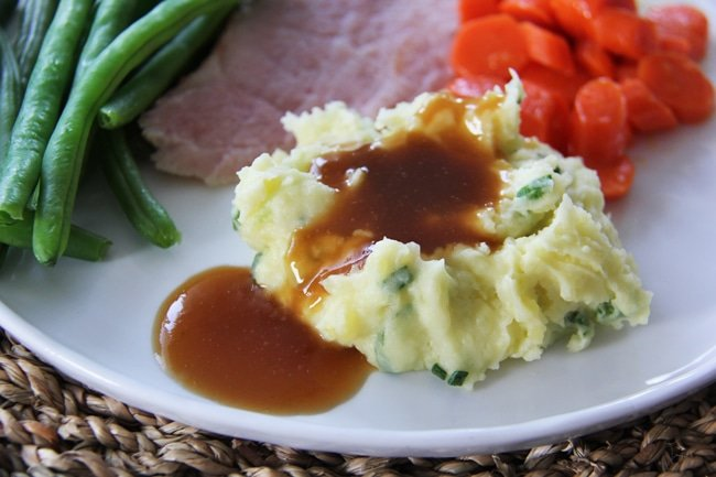 Champ Mashed Potatoes and Gravy {A Pretty Life}