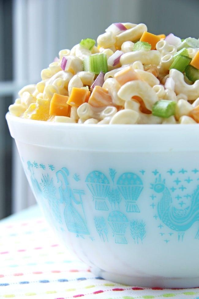 Creamy Cheddar Macaroni Salad {A Pretty Life}
