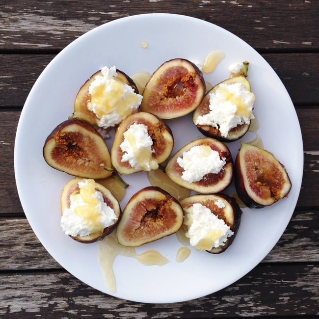 Figs with Ricotta Cheese & Honey