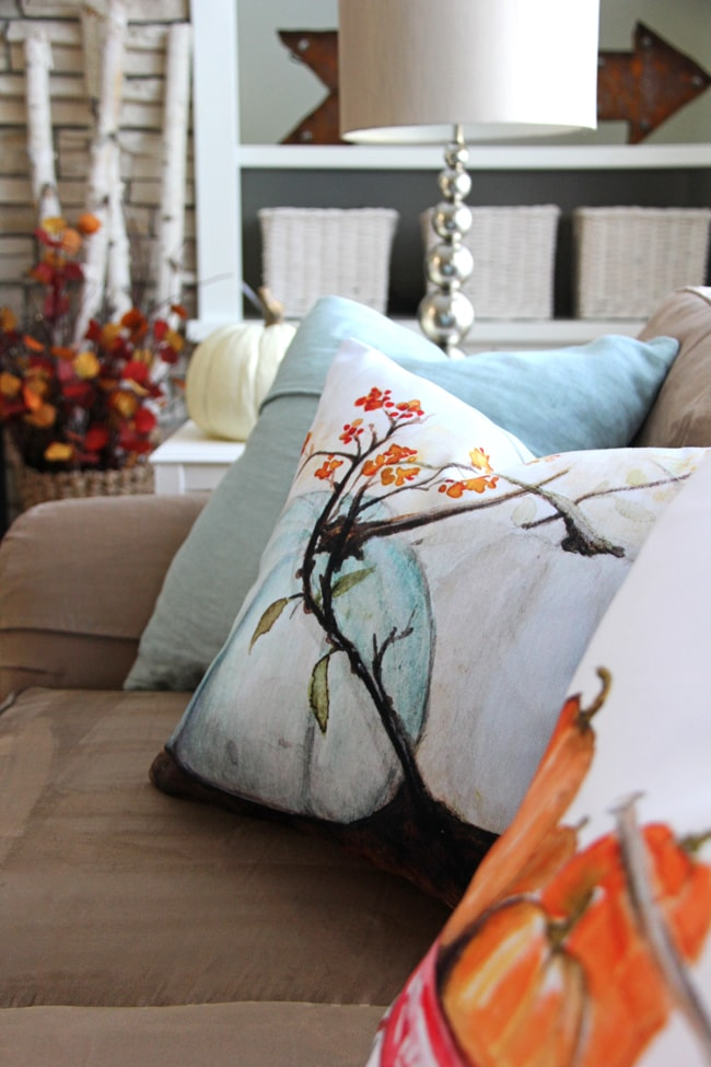 Fall Living Room Decor 2{A Pretty Life}