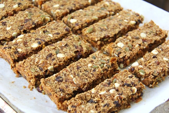 Hearty Pumpkin Pie Granola Bars 3{A Pretty Life}