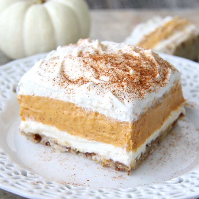 Pumpkin Delight Dessert {A Pretty Life}