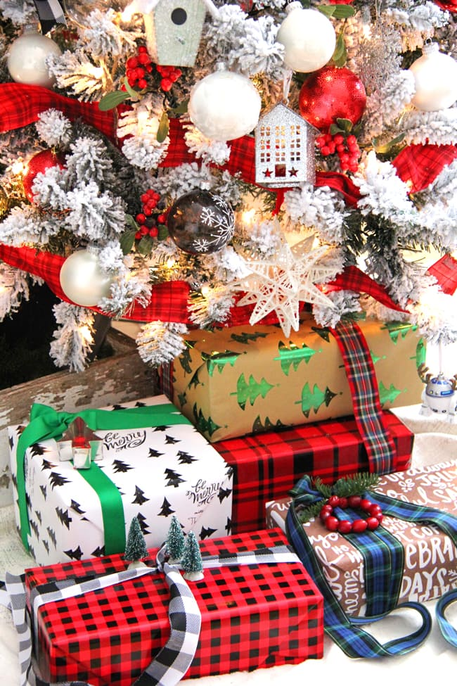 Traditional and Festive Gift Wrapping Ideas 2