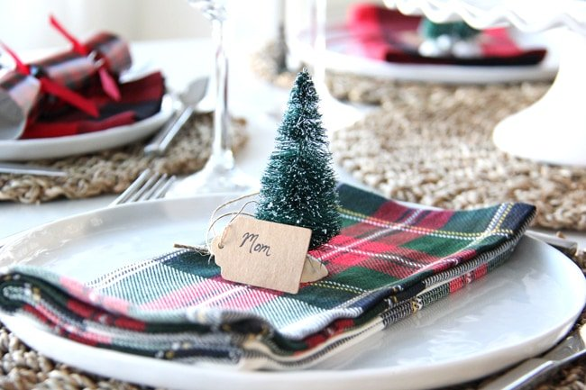 Christmas Place Setting Idea // Simple bottle brush tree and name tag. So cute!