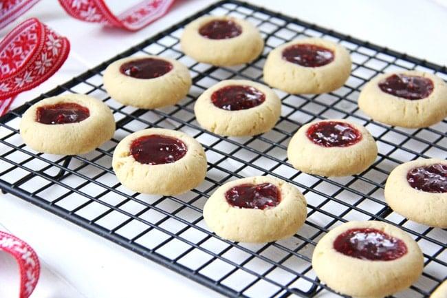 Christmas Thumbprint Cookies 2a{A Pretty Life}