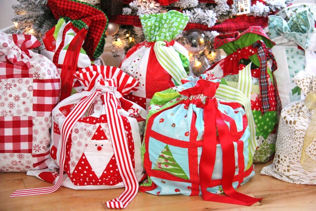 Christmas Wrapping Bags 2