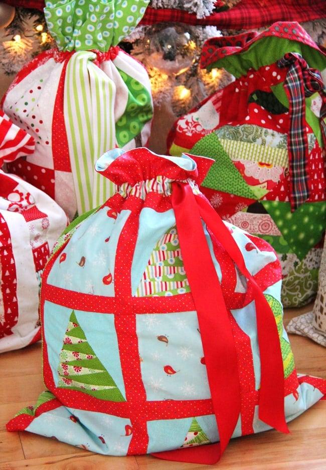 Christmas Wrapping Bags 3