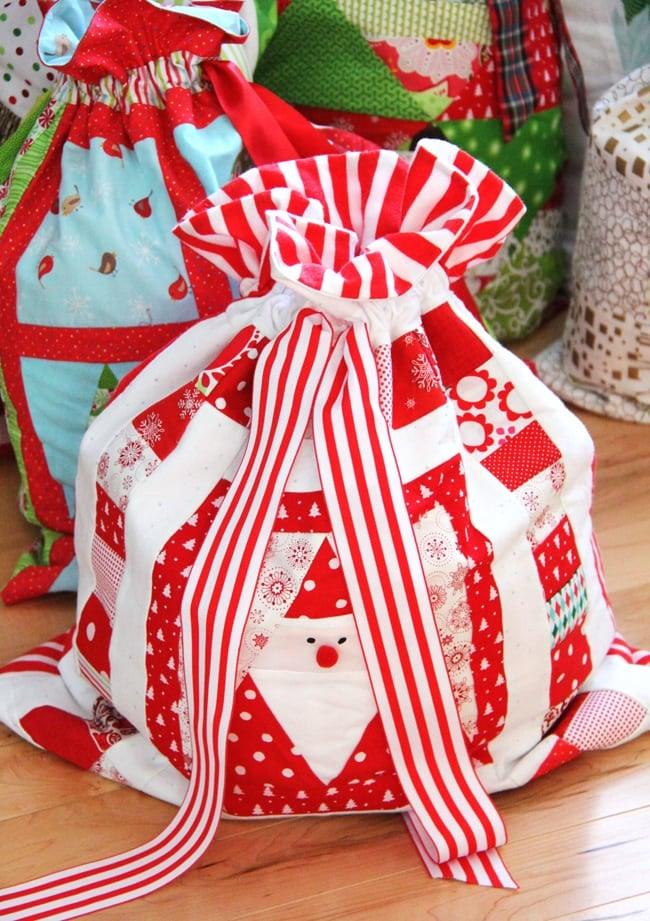 Christmas Wrapping Bags 4