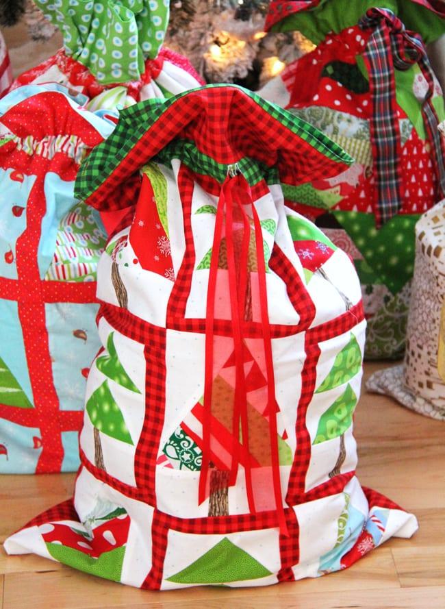 Christmas Wrapping Bags 5