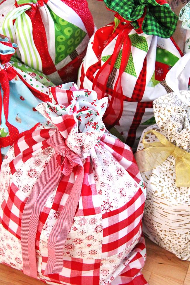Christmas Wrapping Bags 7