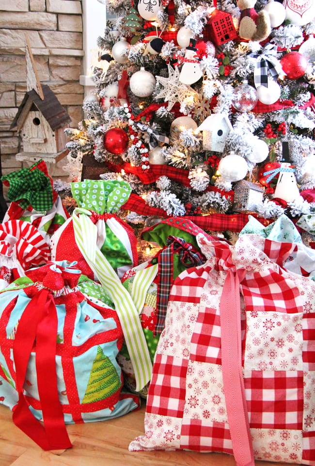 Christmas Wrapping Bags 8