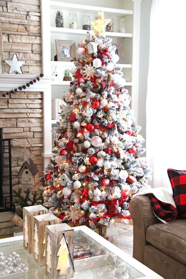 My Holiday Home: Red and White Christmas Decorating Ideas