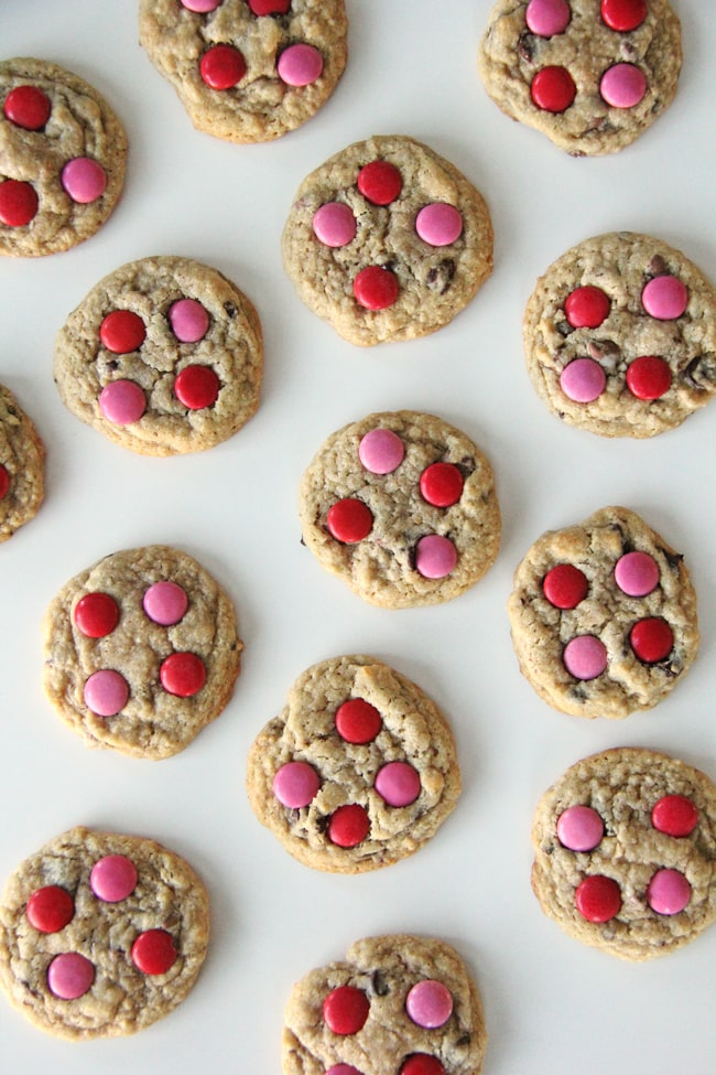 Valentines Day Chocolate Chip Cookies {A Pretty Life}a