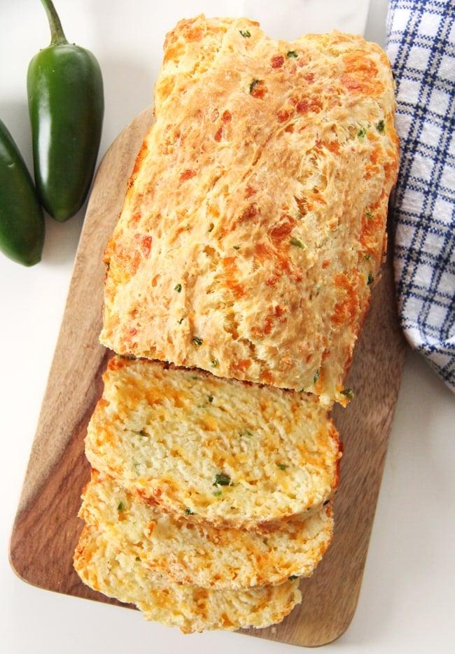 Jalapeno Cheddar Quick Bread {A Pretty Life}3
